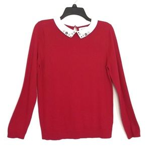 Elle red  pullover sweater with white collar